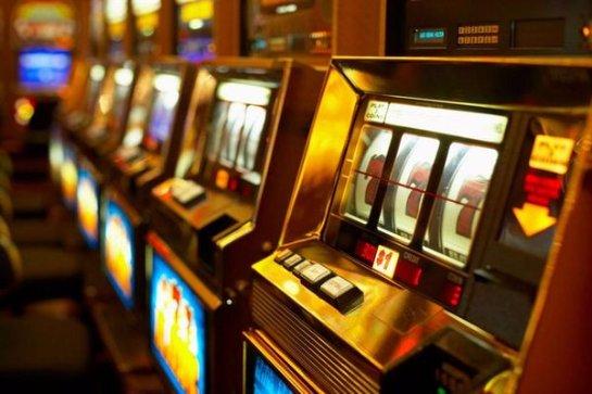 Азартные видео-слоты: карточные игры