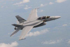 ВМС США провело випробування нового винищувача Advanced Super Hornet