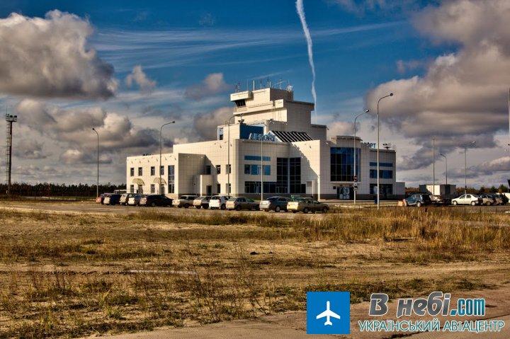 Аеропорт Совєтський (Sovetsky Airport)