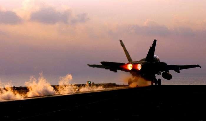 Посол Канади заявив, що Канада ніколи не пропонувала Україні F-18