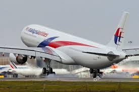 Петро Порошенко здійснив візит до Сінгапуру, та обсудив питання збиття літака «Малайзійських авіаліній»