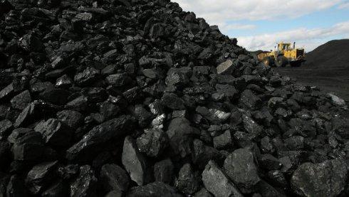 Держбюджет України заблокував на рахунках донецьких шахт 218 мільйонів гривень, а ДНР, в свою чергу не хоче віддавати Україні її ж вугілля