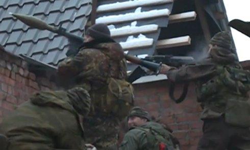 Конфлікт між бойовиками та «замаскованими» під них російськими військовослужбовцями триває