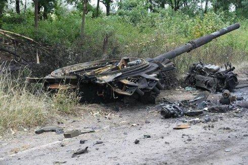 Терористи провели невдалу танкову атаку біля Луганська