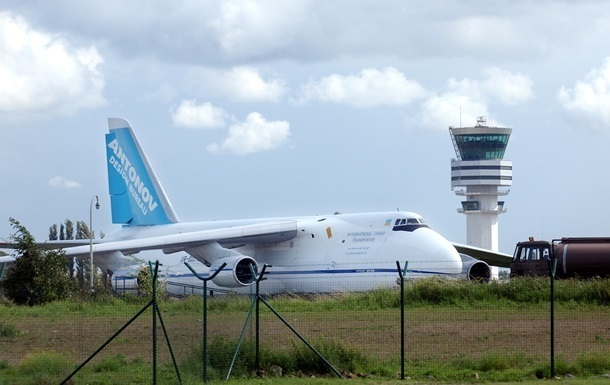 Закритий для польотів Запорізький аеропорт