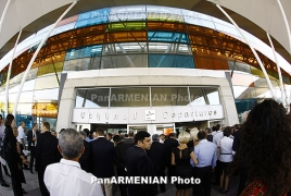 Єреванський аеропорт не приймає рейси: Літак з Мінвод більше 2 годин кружляє у повітрі