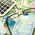 У одному з банків Києва власник та посадові особи привласнили собі круглу суму