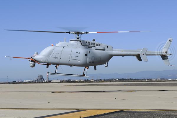 Вертоліт-безпілотник вперше злетів з палуби корабля США