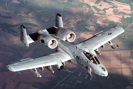 США вирішили не відправляти на смітник історії легендарні, але «потворні» штурмовики А-10 Thunderbolt