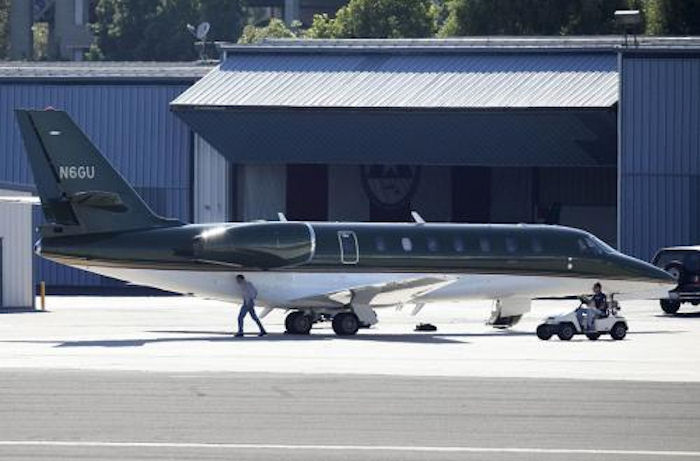 Частные самолеты богатых и знаменитых