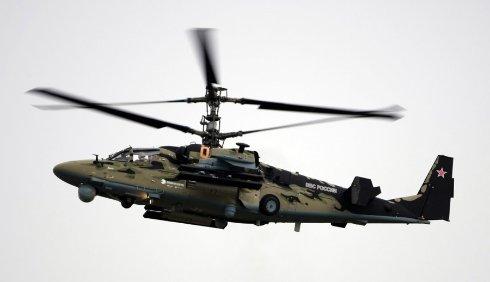На границе с Крымом снова видели российский вертолет