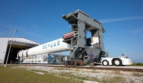 Элон Маск выведет на орбиту первый спутник Туркменистана