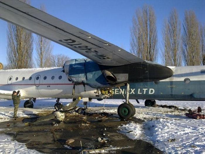 Возле аэропорта «Борисполь» столкнулись два самолета
