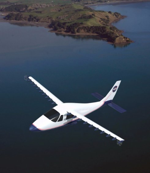 NASA создает принципиально новые самолеты на электродвигателях