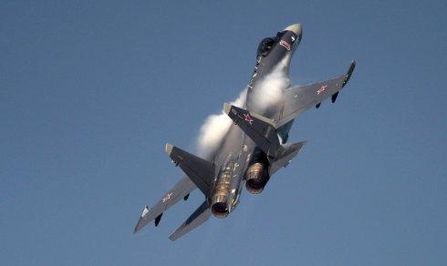 Летчики ВВО проверили новейшие истребители Су-35 на сверхманевренность