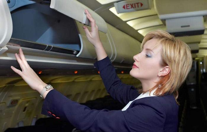 Шутки пилотов, от которых пассажиры бледнеют и начинают заикаться