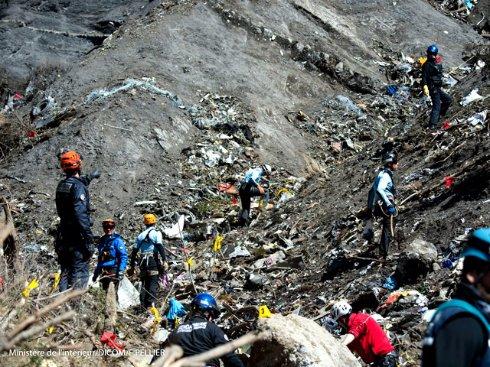 В Альпах найден второй «черный ящик» самолета А320