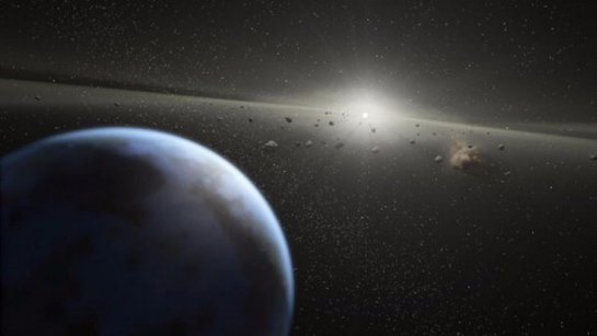 К Земле приближается очередной гигантский астероид