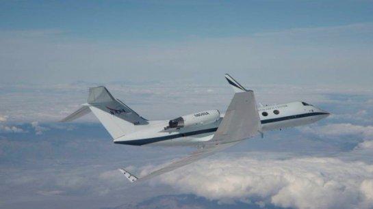 NASA успешно испытало технологию крыла-трансформера самолета (Видео)