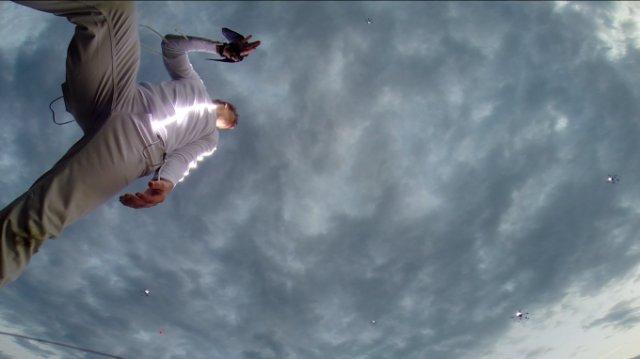 Видео дня: завораживающий танец с дронами