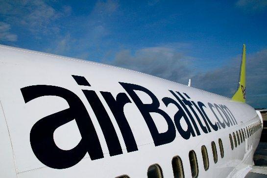 AirBaltic ужесточает меры безопасности после ареста пьяного экипажа