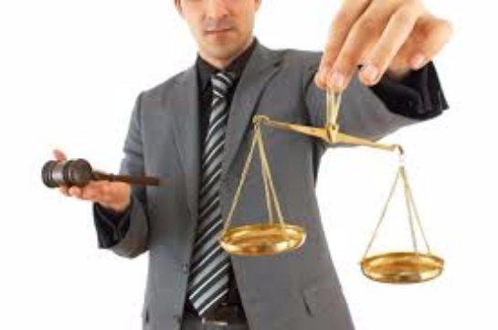 Существует ли необходимость иметь личного адвоката?