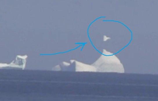 Новое видео НЛО: «корабль пришельцев» завис над айсбергом, притворившись глыбой льда