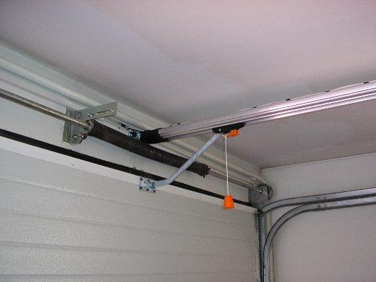 Как выбрать автоматику для гаражных ворот?