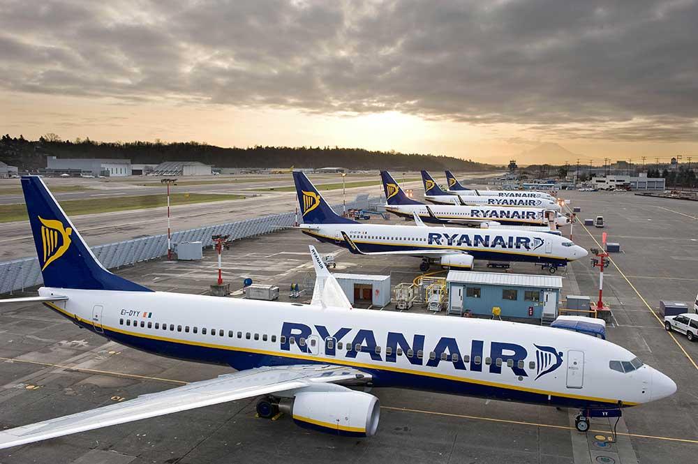 Новая акция от Ryanair: билеты из Украины от 13 евро