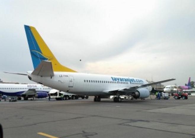 Ernest Airlines для украинских пассажиров одолжила самолет еще одной болгарской авиакомпании