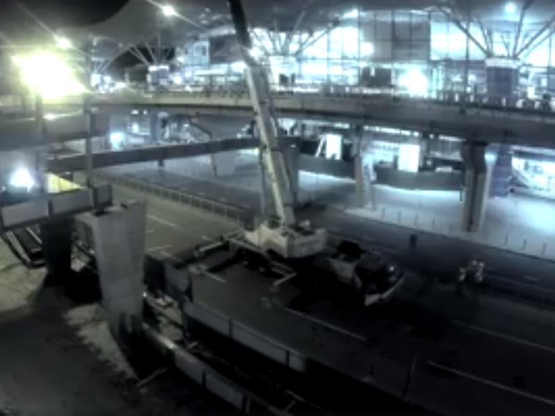 Аэропорт Борисполь показал процесс строительства перехода между паркингом и терминалом