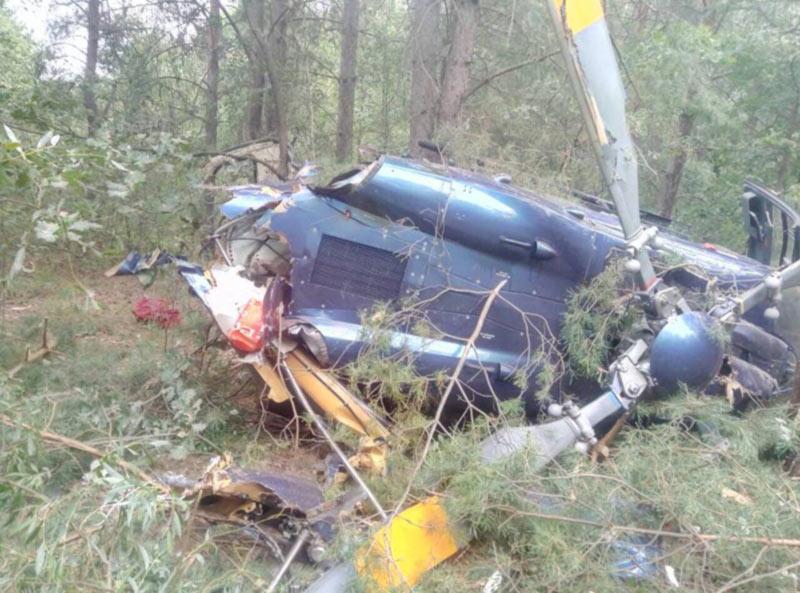 Полиция назначила экспертизы по падению вертолета