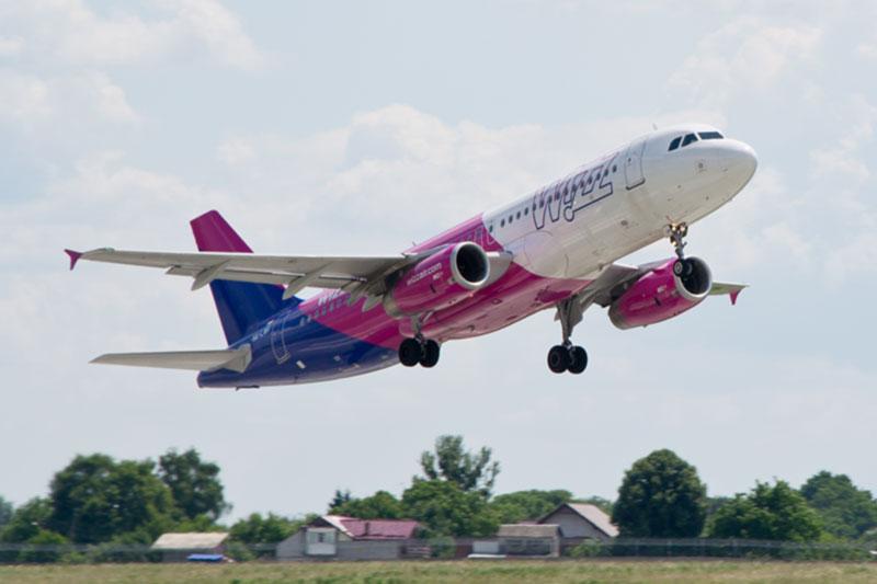 Авиакомпания Wizz Air увеличит частоту полетов по двум маршрутам в Украину