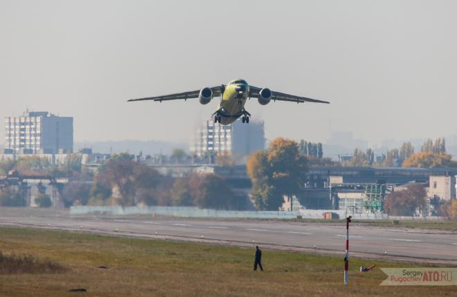 Последний Ан-148 российской сборки выполнил первый полет