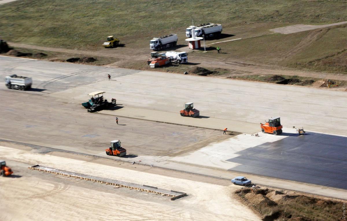 Строительство новой ВПП МА «Одесса» продолжается