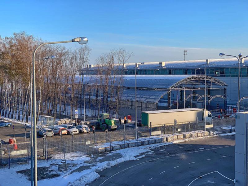 В Борисполе достраивают крытый переход