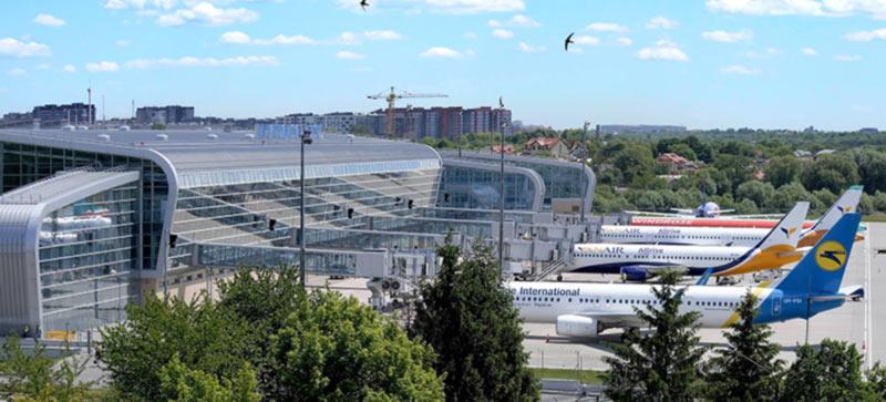 Количество рейсов аэропорта Львов выросло на четверть