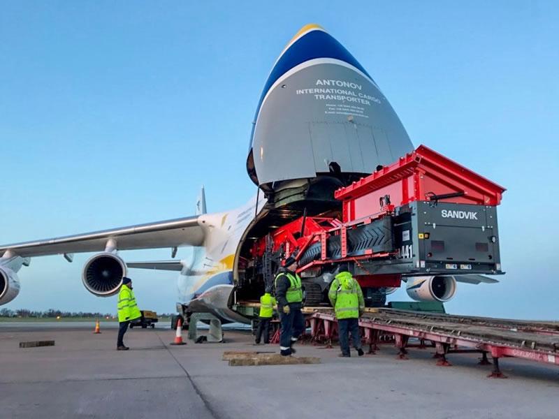 «Авиалинии Антонова» перевезли шахтное оборудование в Габон