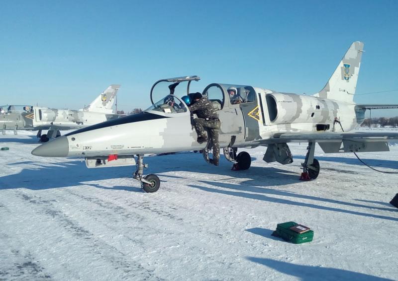 На Харьковщине прошли командирские полеты днем и ночью