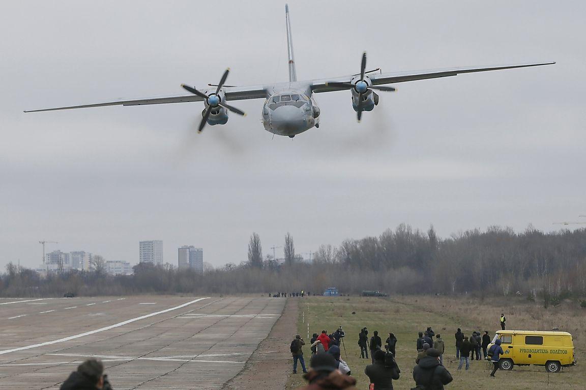 Ан-32 будет со французским оборудованием