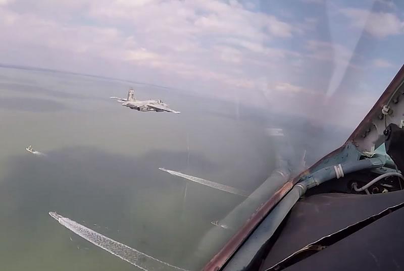 Боевая авиация прикрывала корабли над Азовским морем