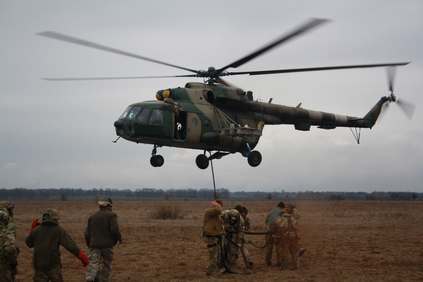 На аэродроме Певцы прошли сборы авианаводчиков