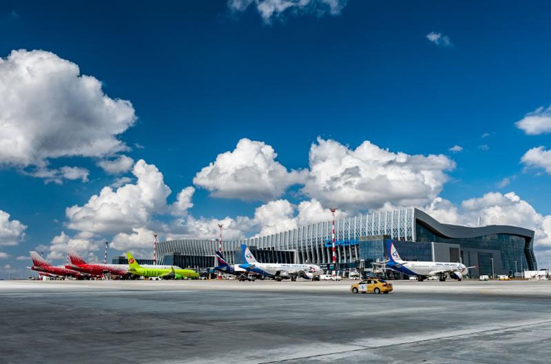 Опубликован список авиакомпаний и ВС, которые возят пассажиров из Крыма в Европу вопреки санкциям