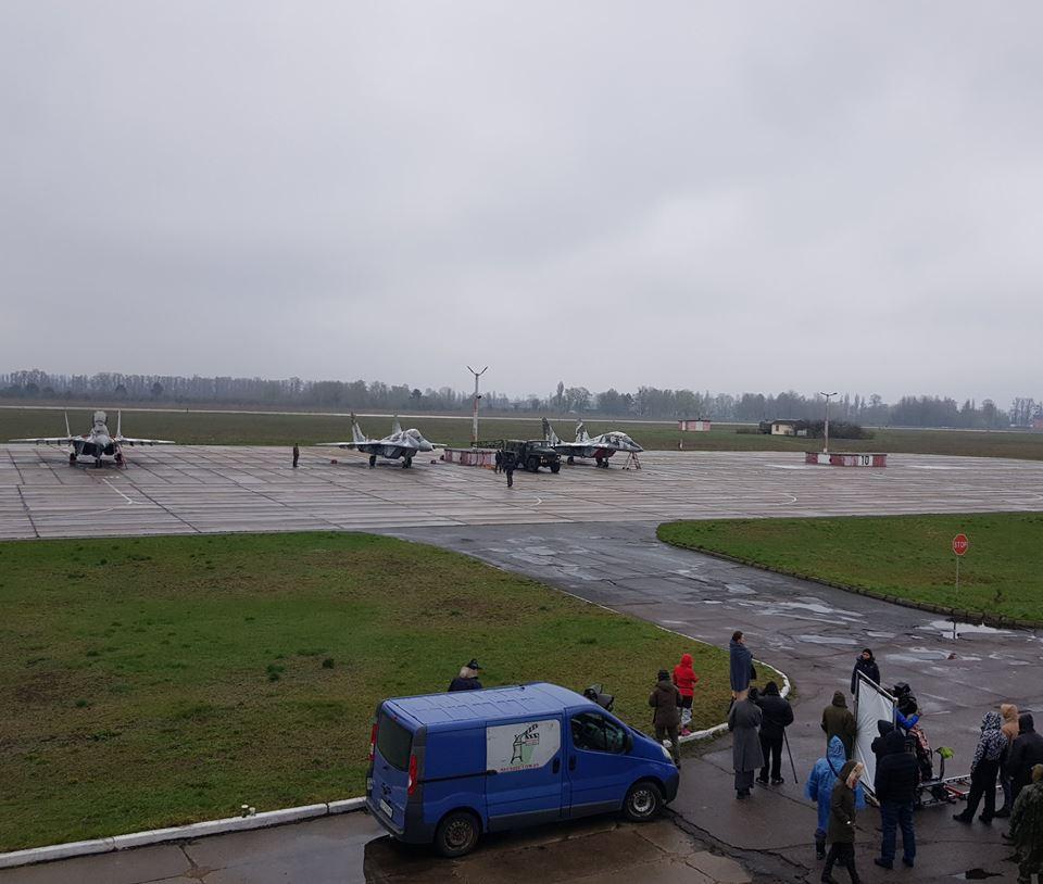 В бригаде тактической авиации снимают фильм