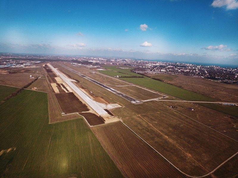 Взлетно-посадочная полоса Одесского аэропорта будет готова до конца года
