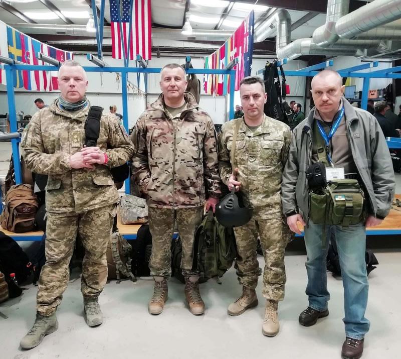 «Спецтехноэкспорт» обеспечил украинских десантников американскими парашютами