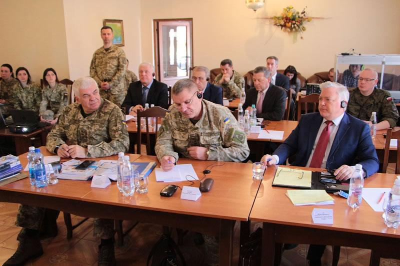 В Виннице представители государств-членов НАТО поделились опытом