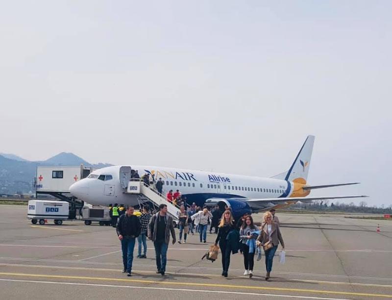 Первый рейс Yanair прибыл в Батуми