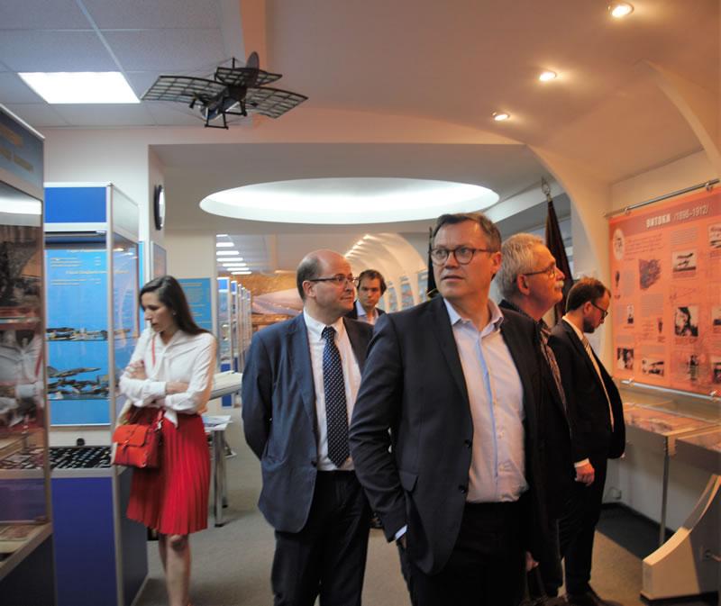 В НАУ провели встречу с представителями Airbus Helicopters