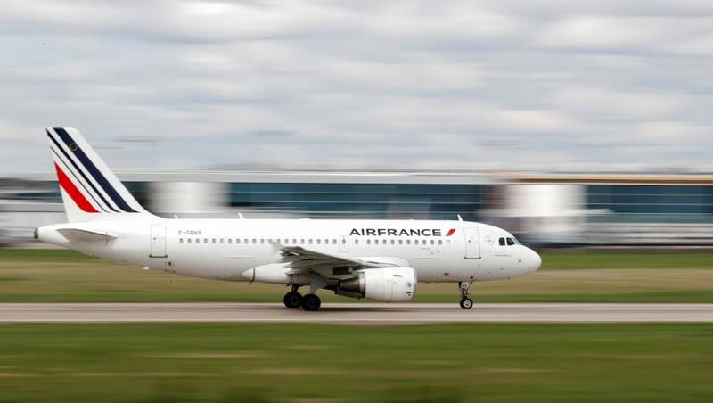 Air France сохранит полеты из Киева в Париж зимой